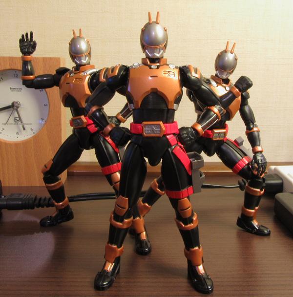 riotroopers01.jpg